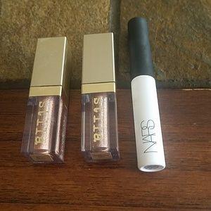 Bundle of 2 Stilla Glitter n Go eyeshadows and 1 N